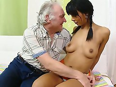 FLASH !!! Kim has been fucked hard in the pussy and ass and wants his older cum all over her. She kneels before him and takes his cum over her young p